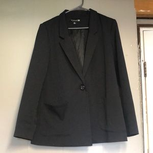 Cute black blazer, for work or a night out!
